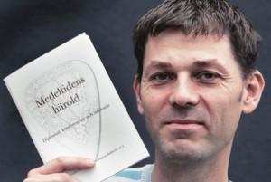 Jesper Wasling presenterar sin bok Medeltidens härold i Borås tidning