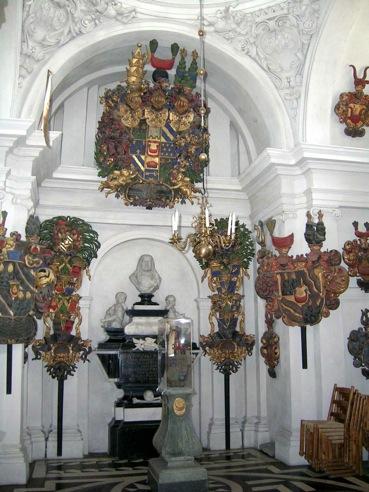 Jost Schutzes träsniderier i Spånga kyrka.