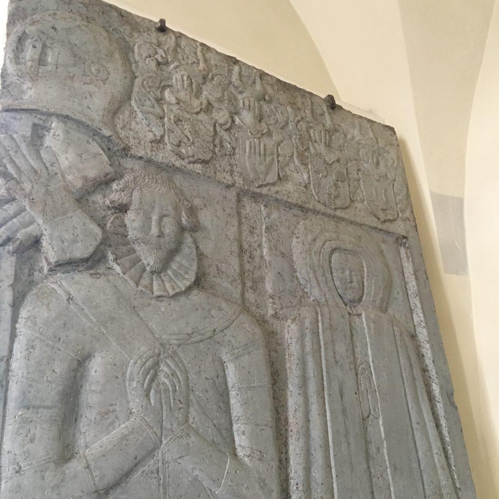 Porträttgravsten i Åsle kyrka