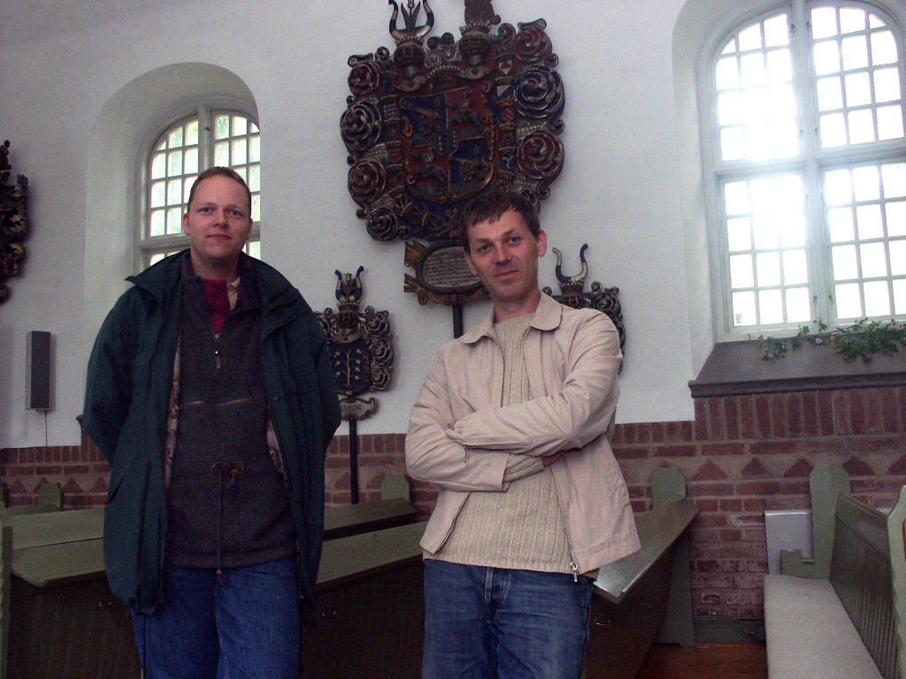 Henric Åsklund och Jesper Wasling i Hönsäter kyrka.