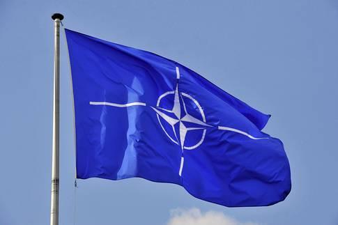 Natos flagga