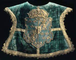 Tabard, vapenrock, från Erik XIVs tid på 1500-talet.